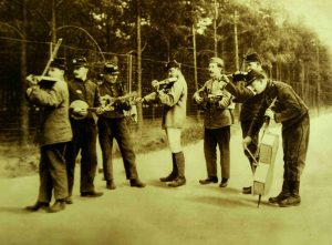 WW1 French soldiers and their instrumentsw